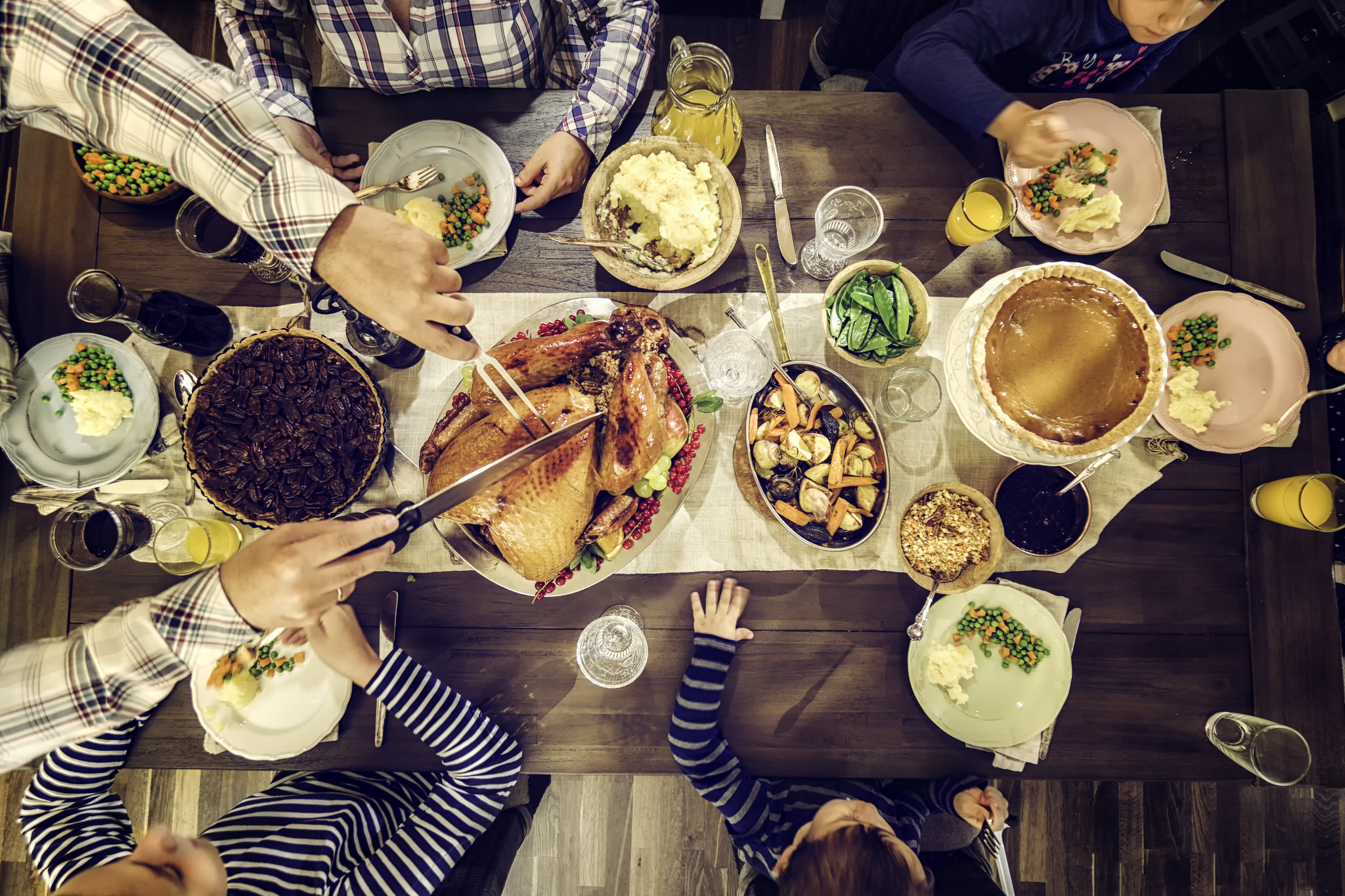 Add some fun to your family gathering with these easy Thanksgiving crafts